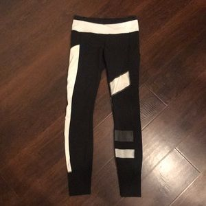 Lululemon Black and White Reflective Speed Tight